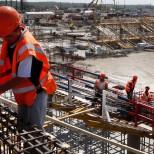 Минпромторг: «Практически каждая строительная компания испытывает дефицит кадров»