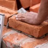 Специалисты назвали факторы, затрудняющие работу строительных организаций